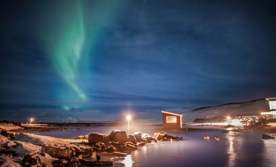 Myvatn Nature Baths with aurora